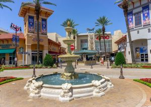 Shopping plaza with water fountain, Destin vacation rental